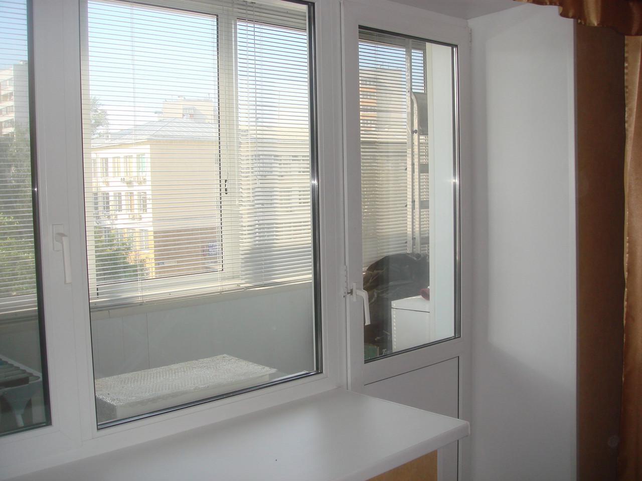 Белые окна REHAU