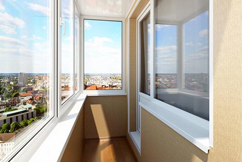 Возможно, ли недорого застеклить балкон?
